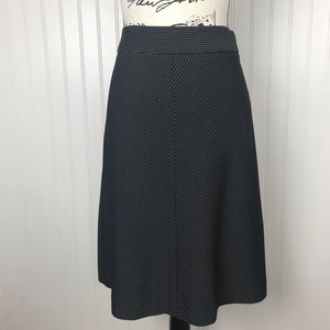 Ann Taylor Gray/Black Lined Skirt
